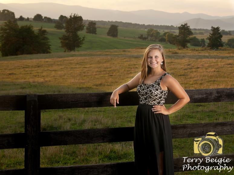 Charlottesville high school senior photographer